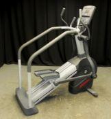 Life Fitness CLSL Stepper/Summit Trainer - L1700 x D800 x H1830mm