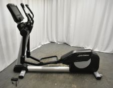 Life Fitness INXDE Integrity Series Elliptical Cross Trainer
