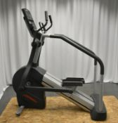 Life Fitness CLSL Summit Trainer - Powers Up Functions Not Tested