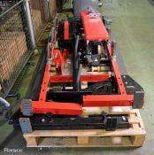 Hammer Strength Commercial Half Rack, Bench & flooring