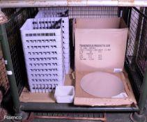 20x Dishwasher Trays, 12x Pizza Trays, 33x Plastic Food Boxes 2L