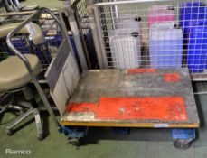 Hanaoka Sharyo mobile lift table - A-350W - serial L-108470