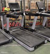 Life Fitness Flex Deck treadmill