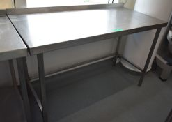 Stainless steel prep table, L 1400mm x W 660mm x H 920mm