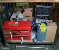 Tool Box, V Belts, Wiper Blades, Filter, Land Rover Brake Discs