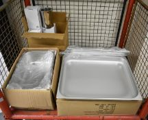 6x Celcius 2/1 stainless steel gastronorm pans 65mm deep, 6x Celcius 2/1 stainless steel g