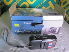 Canon PowerShot S70 Digital Camera with accessories
