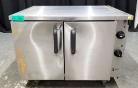 Parry Electric Oven - Model P9EO Serial No.160080424 - L900 x W710 x H690mm - PLEASE SEE P