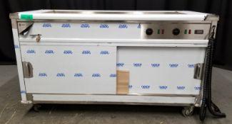 Parry Mobile Bain Marie Servery Model MSB15 Serial No.170350017 -L1630mm x W650mm x H900m