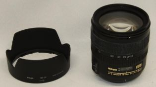 Nikon DX AF-S 18-70mm 1:3.5-4.5G ED Lens - Serial No. - 2561571 - with Nikon HB-32 Lens Hood