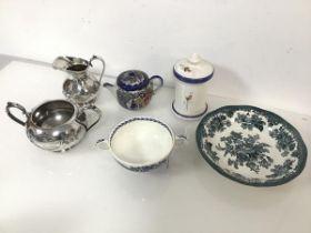 A mixed lot including matching Epns milk jug and sugar bowl, a small Japanese teapot, a 19thc