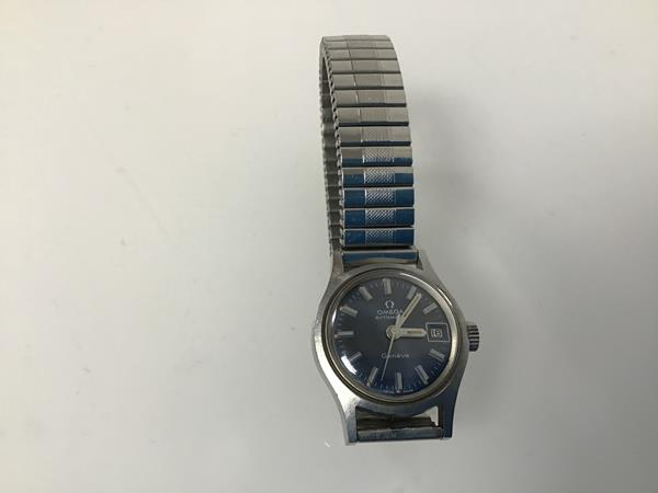 A lady's stainless steel Omega wristwatch with Fixo-Flex strap (8cm)