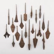 Grp: 20 Chinese Yuan Iron Arrowheads