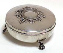 Gefußte   Silber - Dose