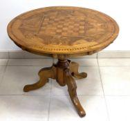 Runder   Schach - Tisch