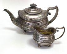 Silber - Teekanne  mit   Milchkännchen   (George III.)