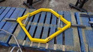 Body Image large yellow weightlifting bar/frame