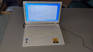 Toshiba Satellite L50-B-1DZ notebook computer, Intel Pentium CPU N3530 @2.16GHz, 4Gb RAM, 750Gb HDD