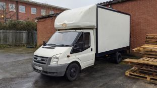 BK07 VAJ Ford Transit 115 T350EF RWD Luton van with tail lift (no shutter), 2402cc diesel engine. Co