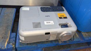 NEC VT560 projector