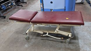Eme multi-adjustable mobile hospital/examination bed