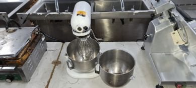 KitchenAid heavy duty mixer with 2 bowls & 1 mixing paddle/whisk