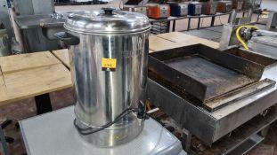 Buffalo stainless steel urn model GL348-02