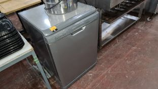 Hotpoint silver grey dishwasher
