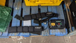 Gekko battery belt kit comprising 2 off belts & 1 off charger