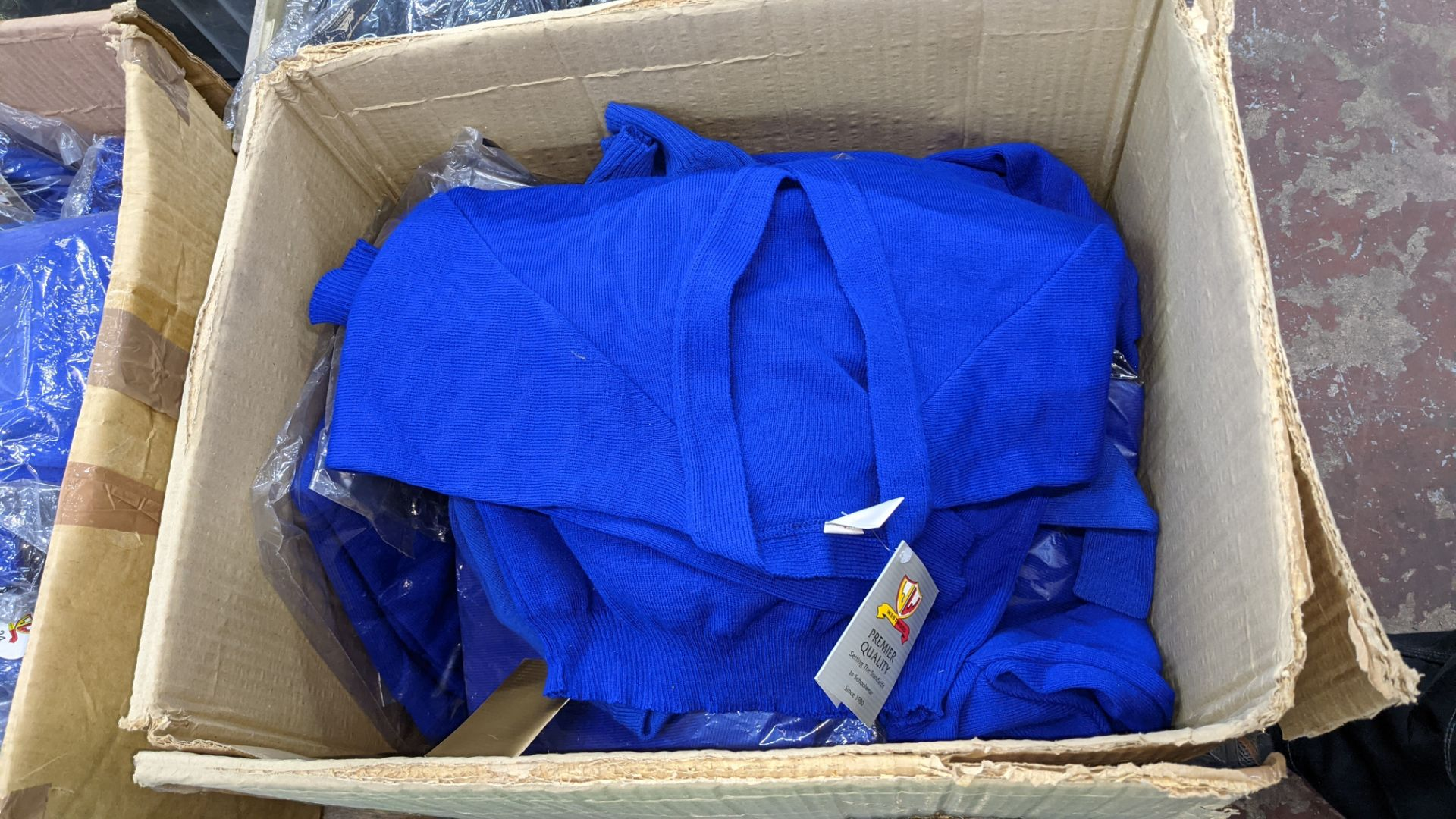 2 boxes of blue children's cardigans & jumpers - Image 3 of 4
