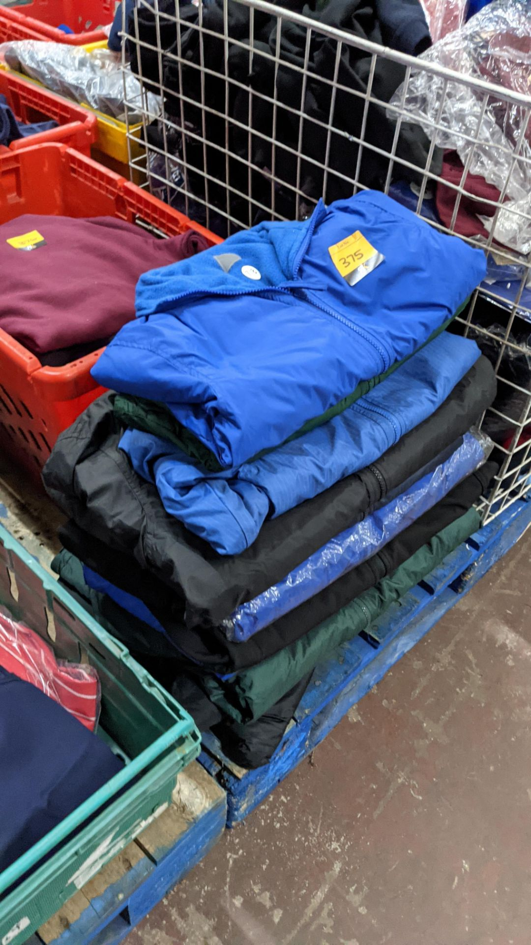 Approx 10 off assorted children's zip up jackets - Image 4 of 6