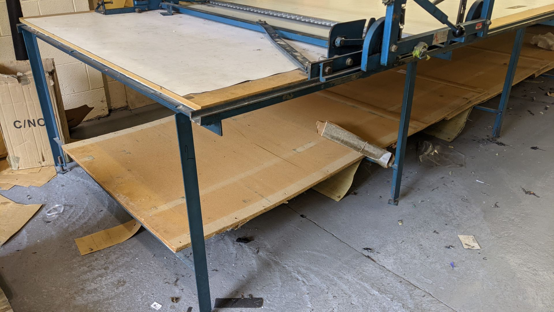 Large cutting table, as shown in 3 stacks. Please note photos taken in situ before the table was de - Image 5 of 16