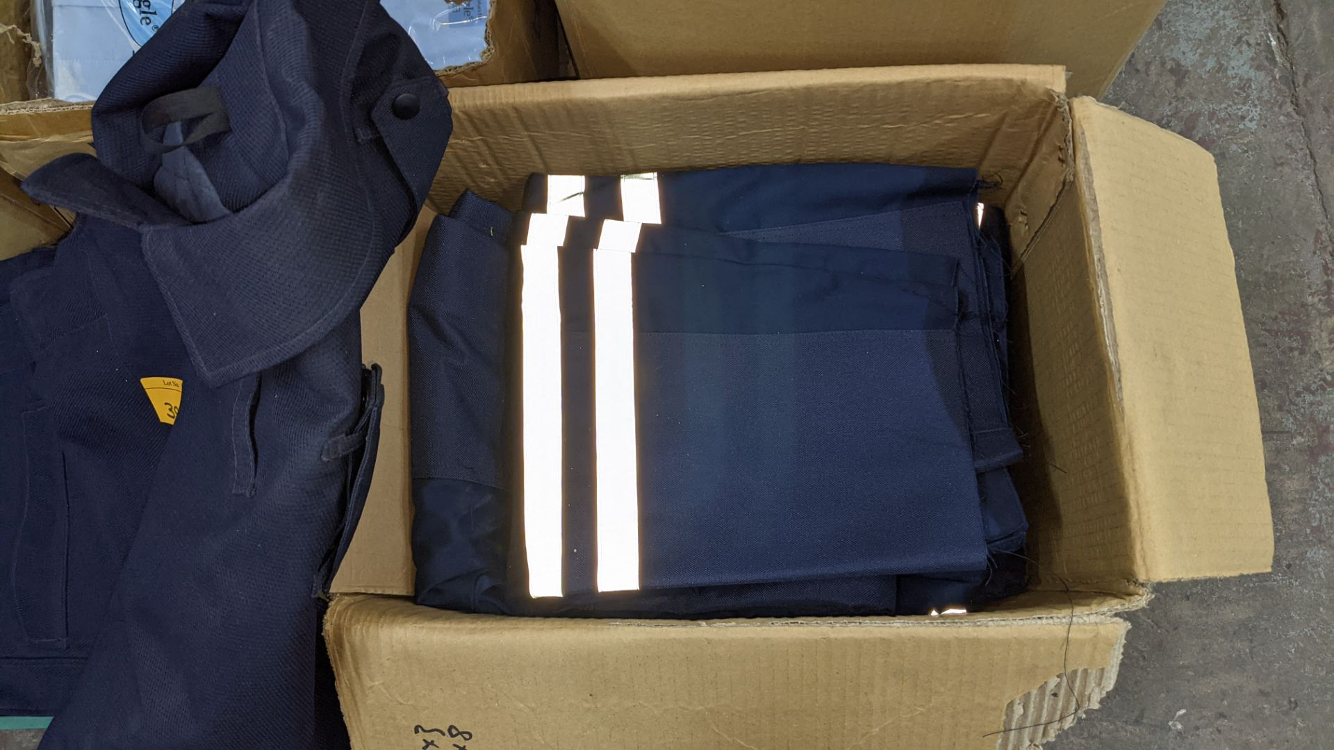 Quantity of emergency services type workwear comprising the contents of 1 box & 1 crate - Image 5 of 7