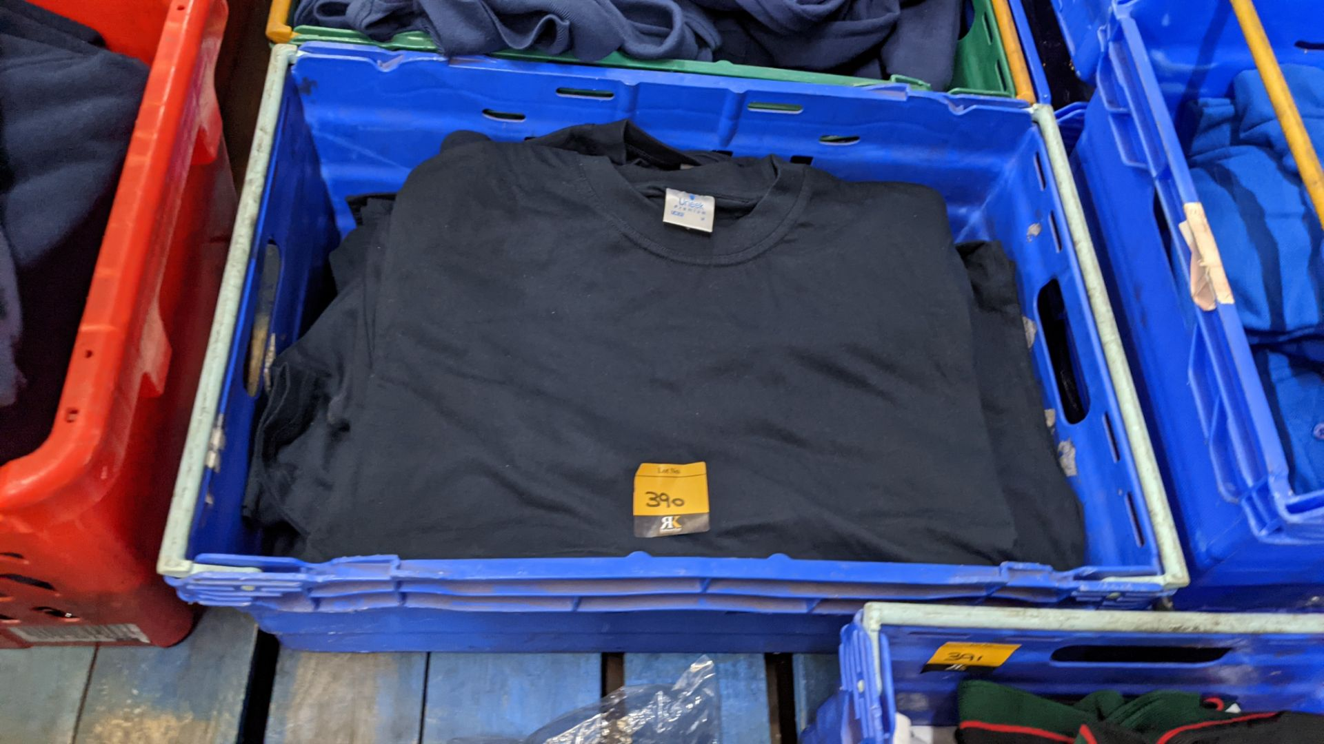 Approx 30 off black t-shirts by Uneek