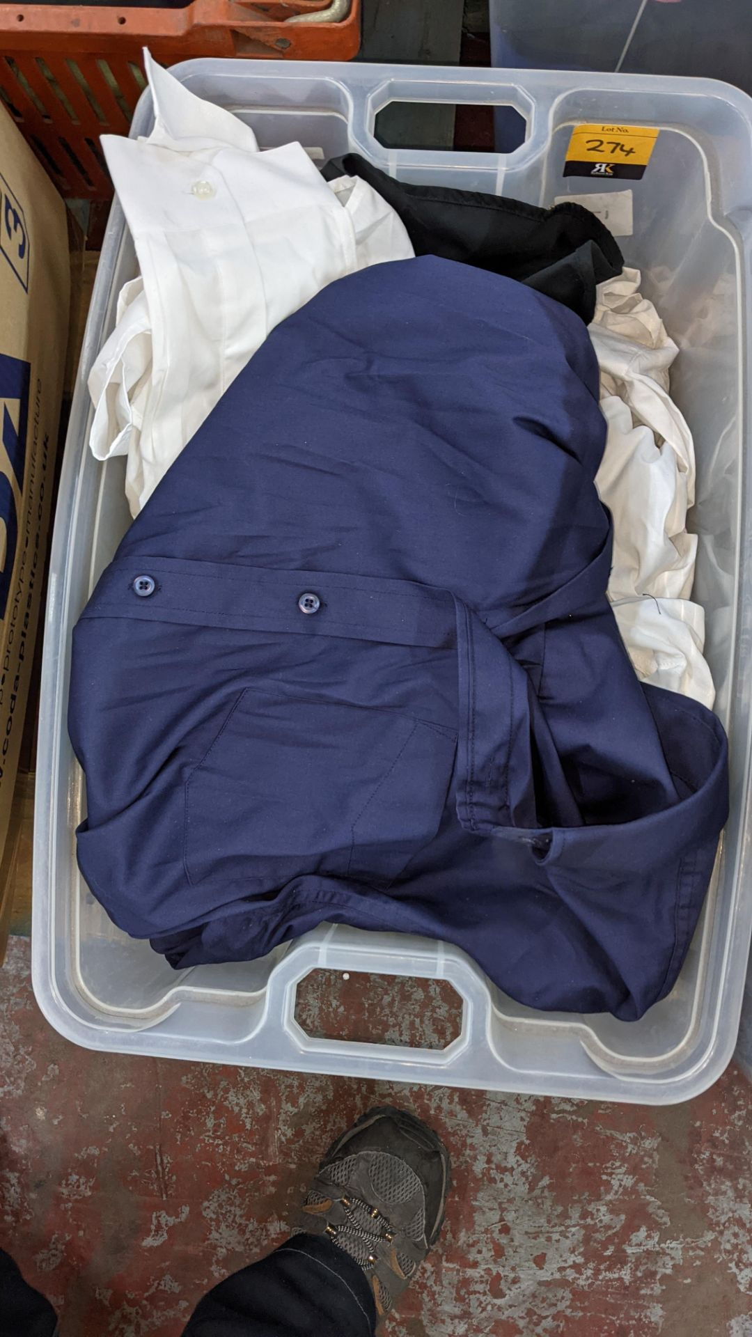 The contents of a crate of shirts. NB crate excluded - Image 3 of 6