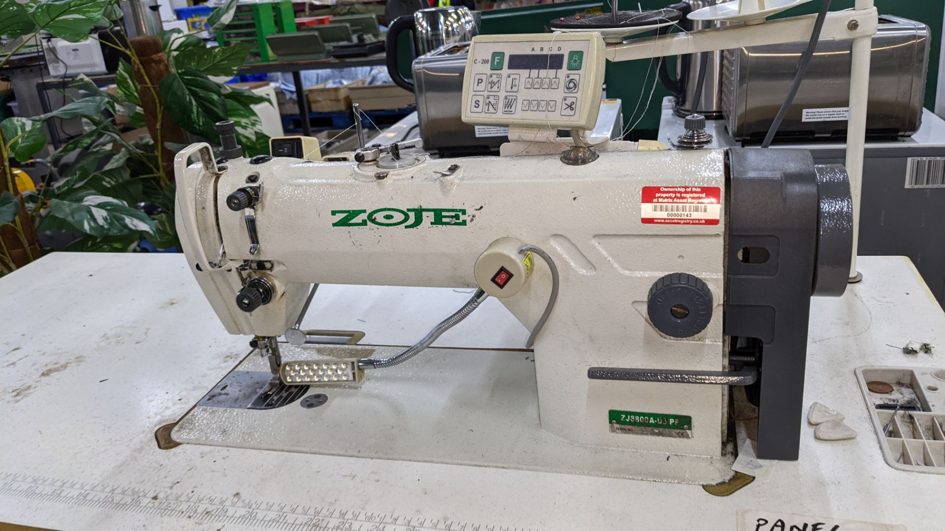 Zoje model ZJ8800A-D3/PF sewing machine with model C-200 digital controller - Image 5 of 15