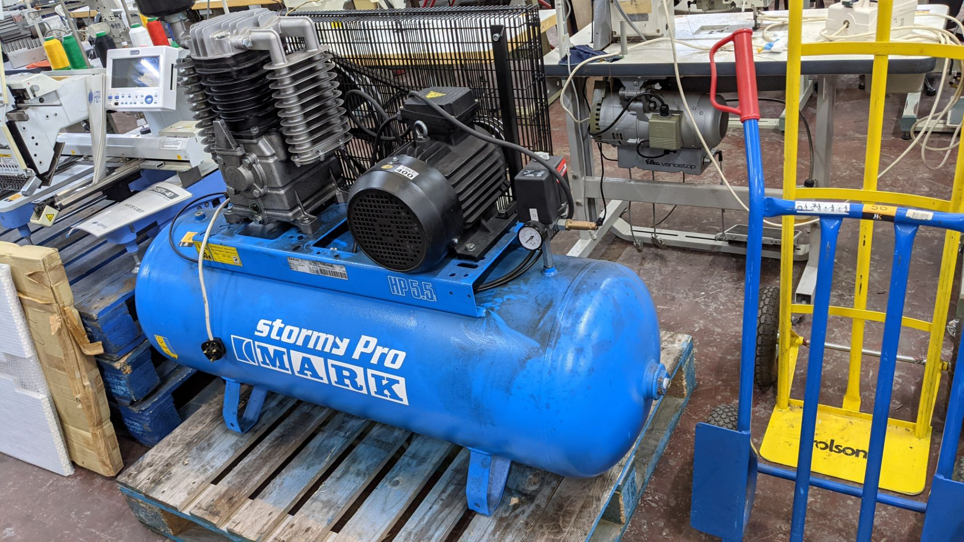 Mark Stormy Pro all-in-one compressor comprising horizontal welded air receiver with compressor equi