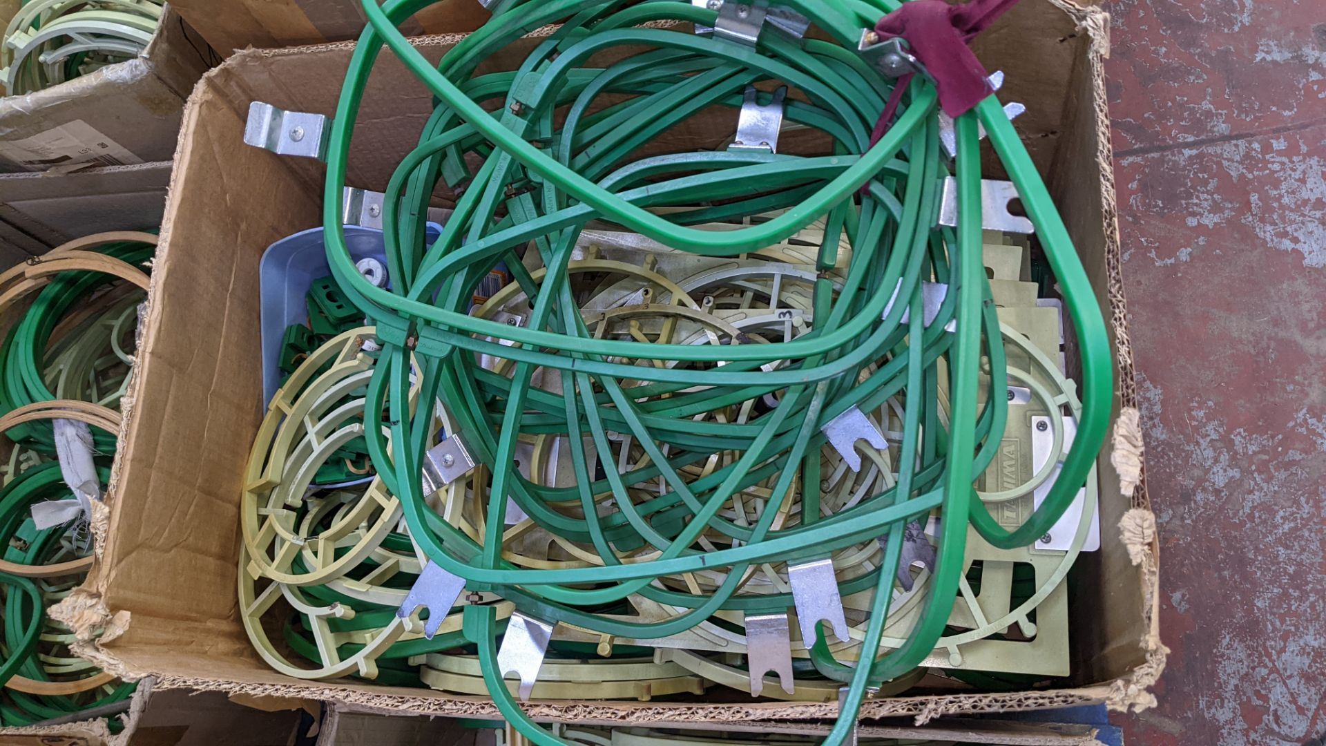 The contents of a pallet of assorted embroidery machine frames & similar - this lot consists of 7 as - Image 4 of 9