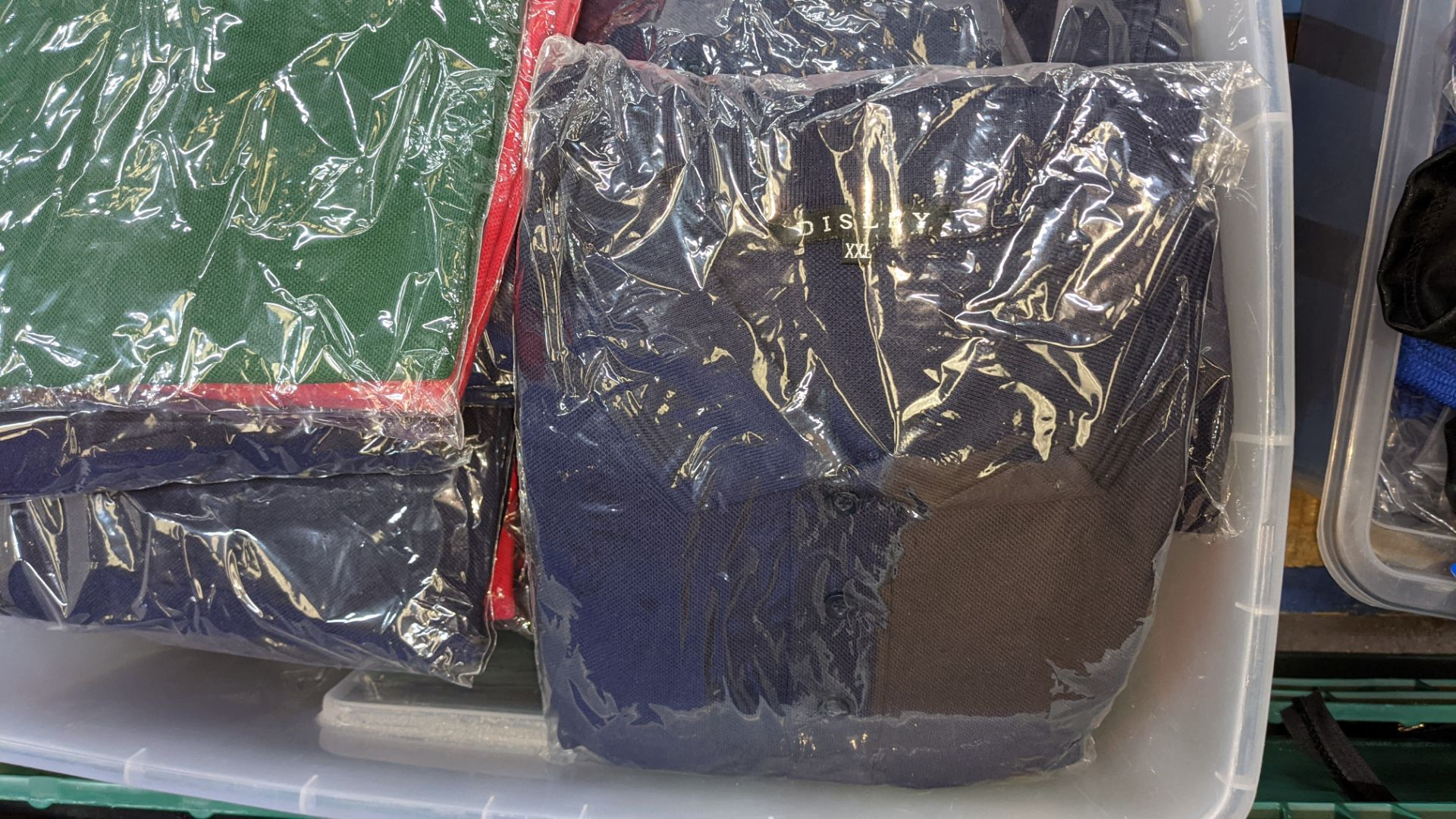 Large quantity of assorted polo shirts - the contents of 1 large crate. NB crate excluded - Image 5 of 5