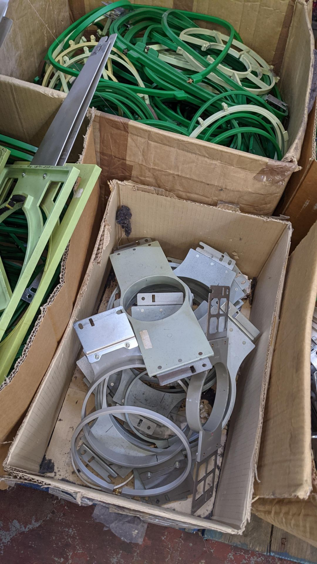 The contents of a pallet of assorted embroidery machine frames & similar - this lot consists of 5 as - Image 6 of 7