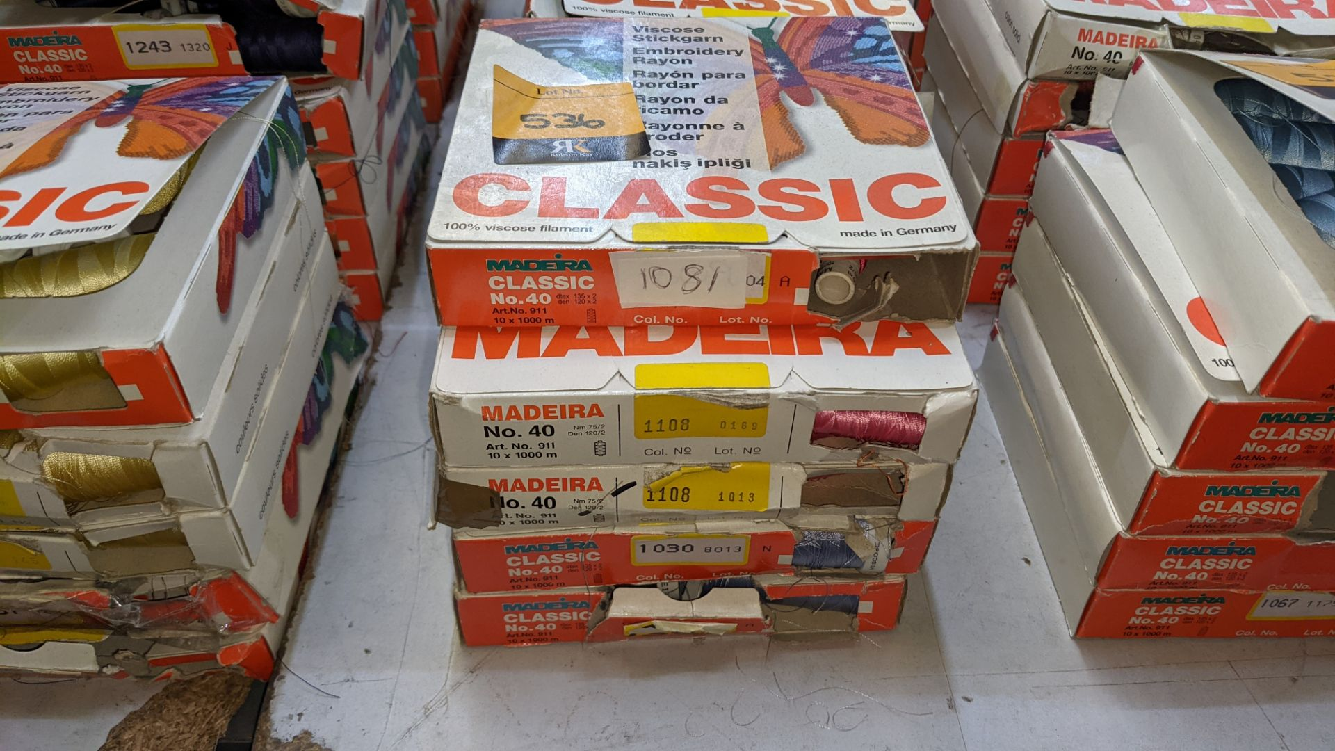 25 boxes of Madeira Classic No. 40 rayon embroidery thread - Image 3 of 12