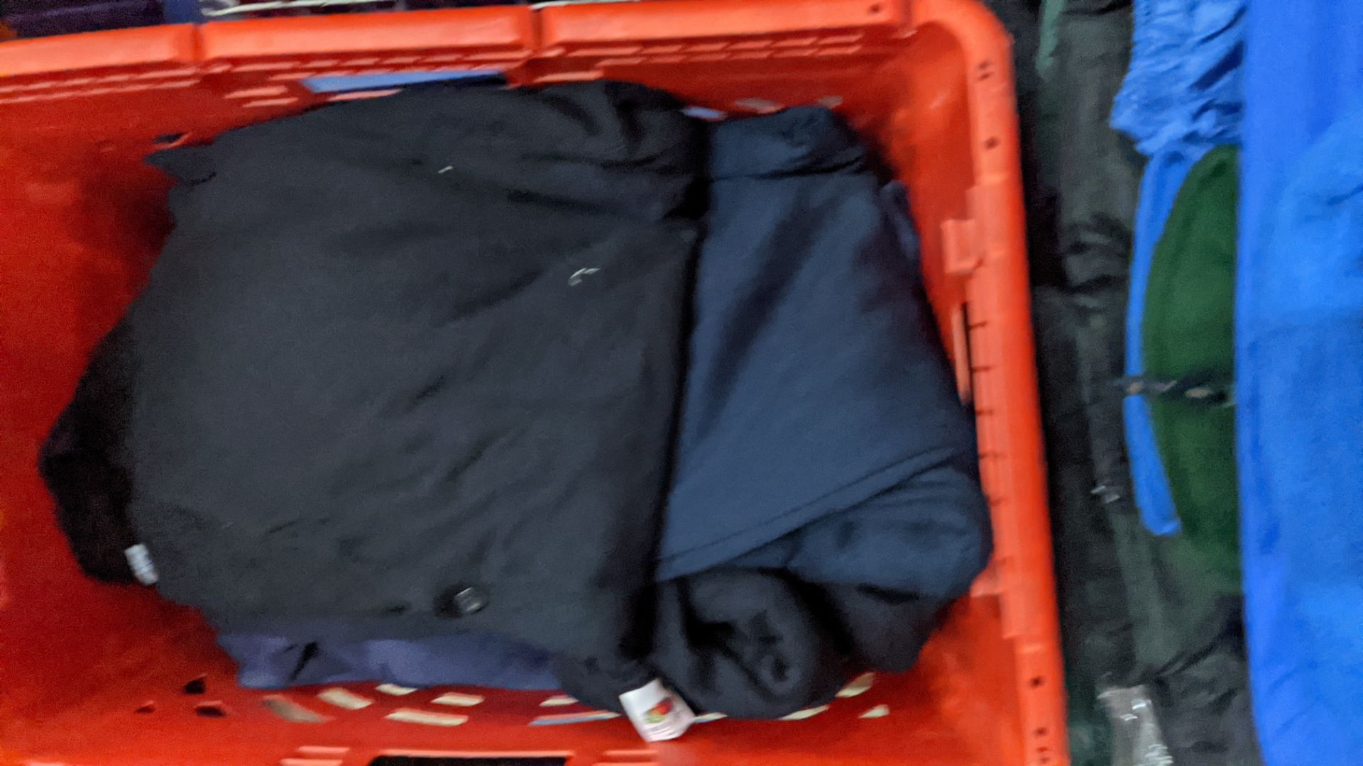 Approx 10 off assorted sweatshirts - Image 5 of 6