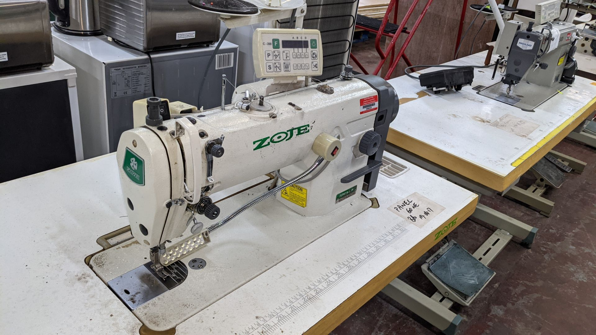 Zoje model ZJ8800A-D3/PF sewing machine with model C-200 digital controller - Image 8 of 15