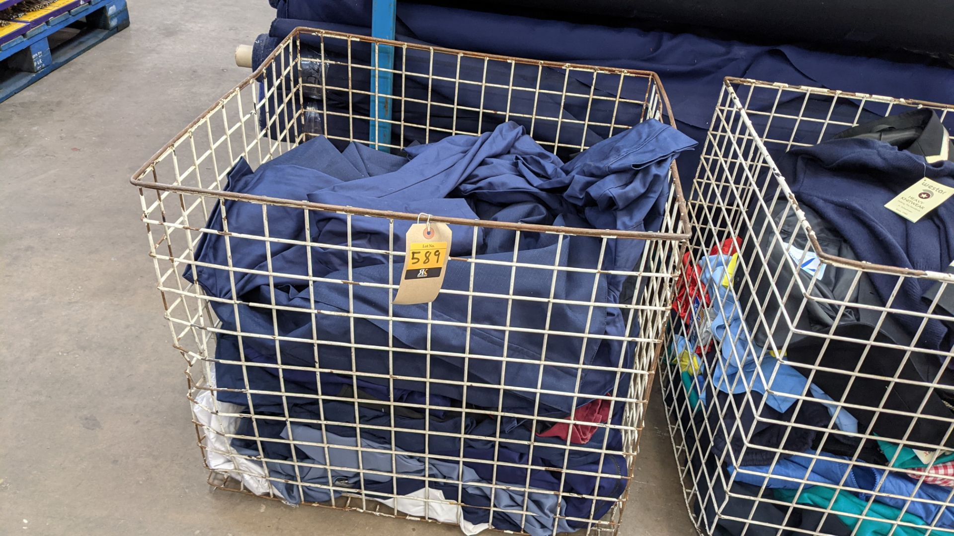 The contents of a cage of workwear & overalls - Image 2 of 6