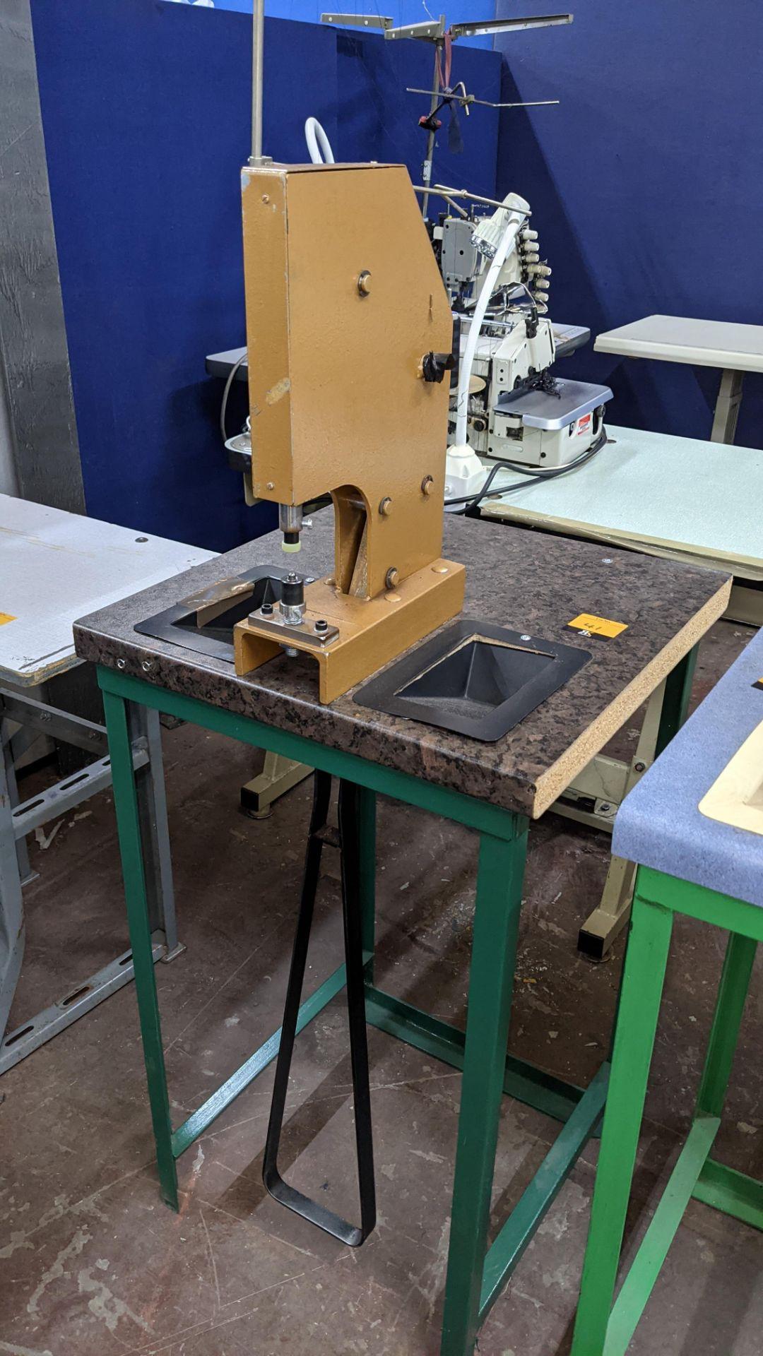 Foot operated riveting machine/press stud machine - Image 2 of 9