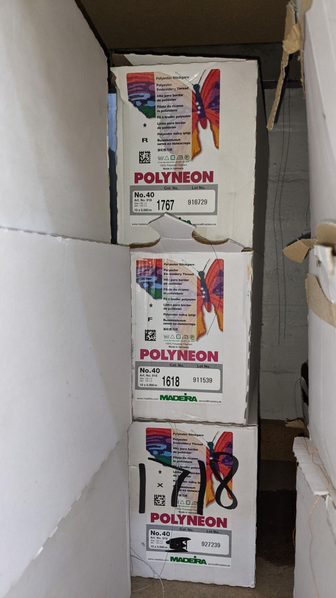 6 boxes of Madeira Polyneon No. 40 polyester embroidery thread - Image 4 of 6