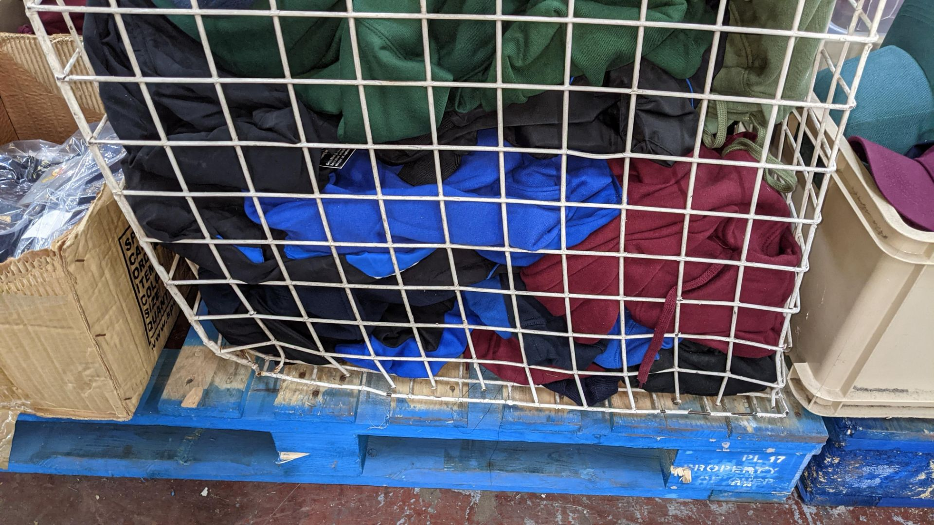 Large quantity of fleece tops - the contents of large cage. NB cage excluded - Image 8 of 8