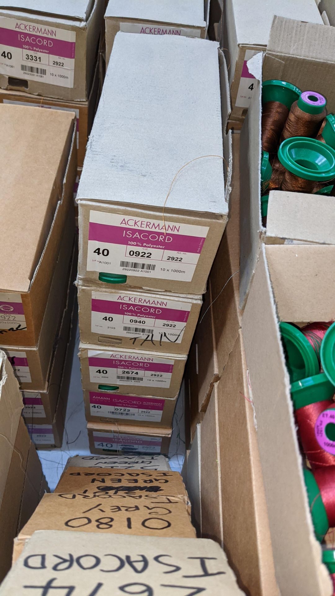 20 boxes of Ackermann Isacord (40) polyester thread - Image 4 of 9