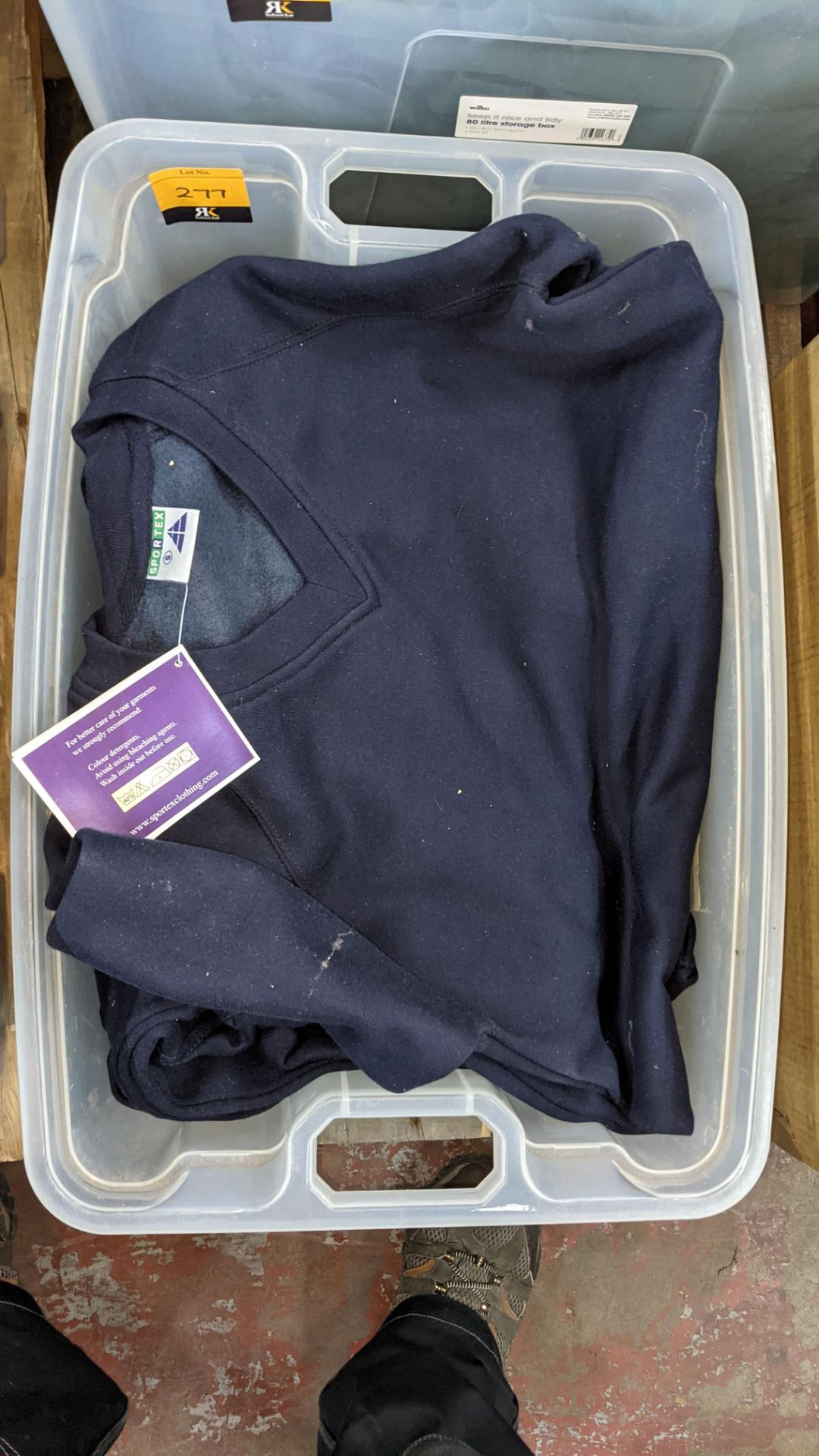 Approx 6 off navy V neck sweatshirts - the contents of 1 crate. NB crate excluded - Image 3 of 5