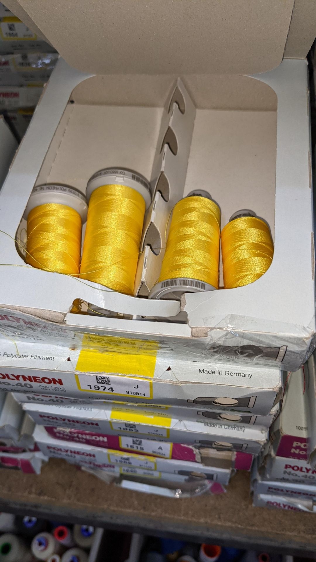 18 boxes of Madeira No. 40 Polyneon embroidery thread - Image 5 of 6